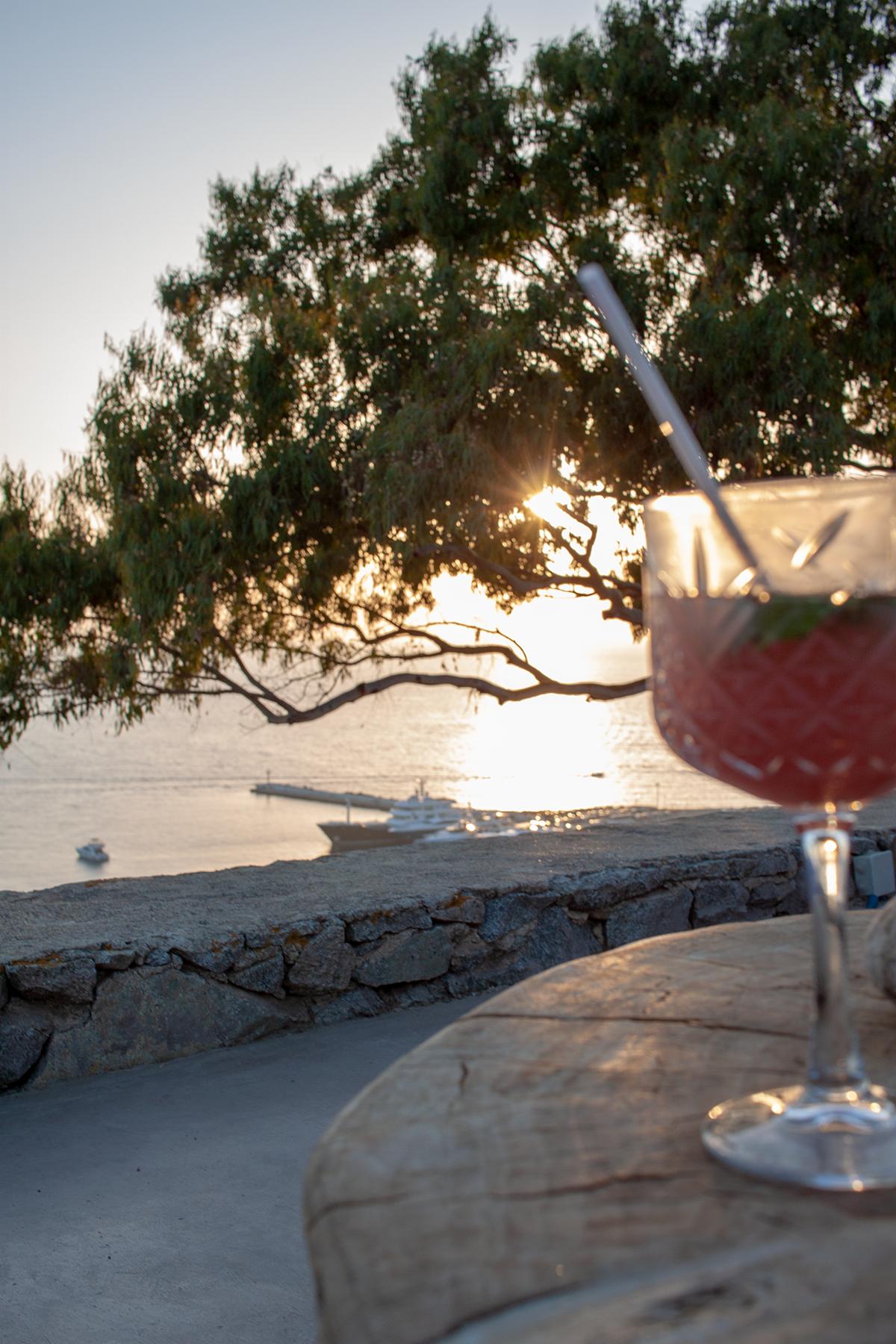 Inselhopping 180 sunset bar Mykonos